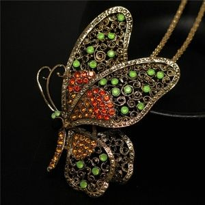 Jewelry - New Green Gold Crystal Butterfly Pendant Necklace